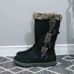 LE CHÂTEAU faux fur winter flat boots